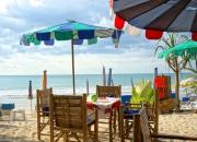 Ginis Beach Restaurant